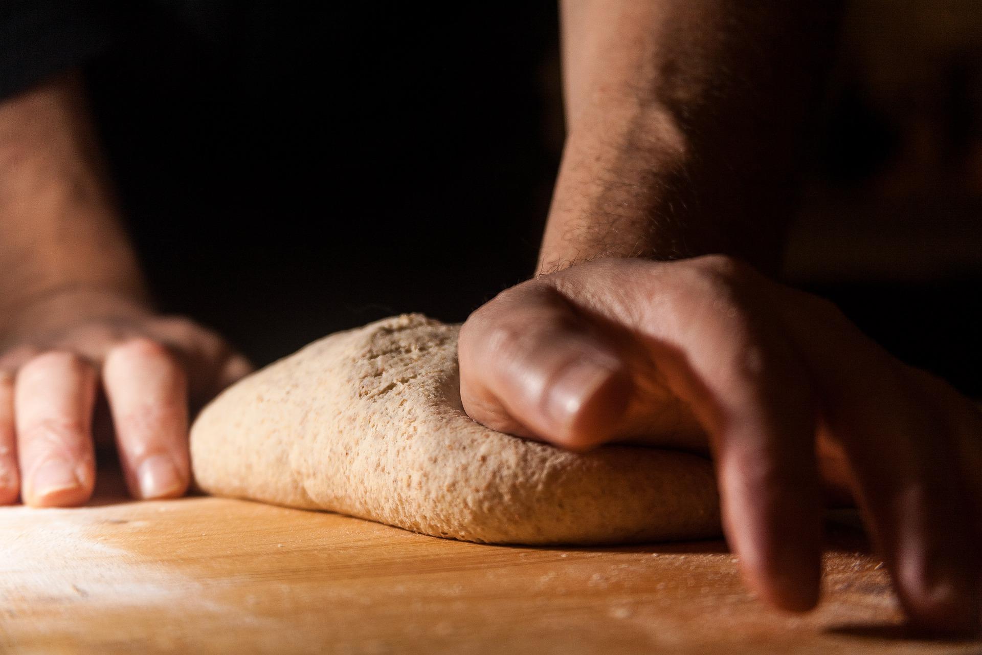 L'art de pétrir la pâte à pain