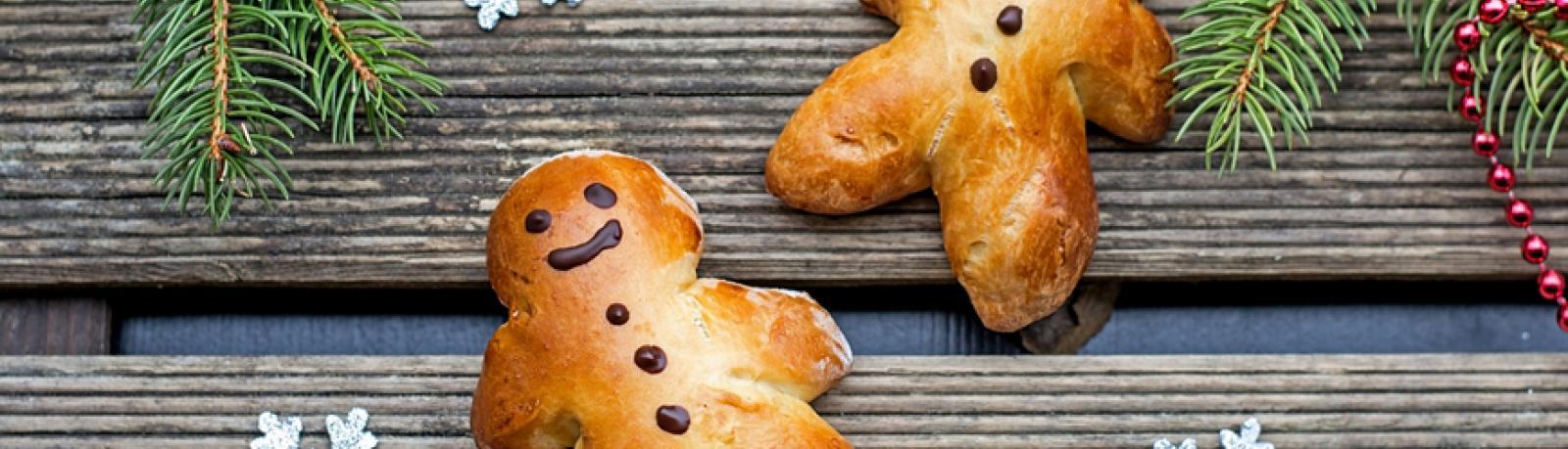 Image de deux petits biscuits en forme de bonhommes